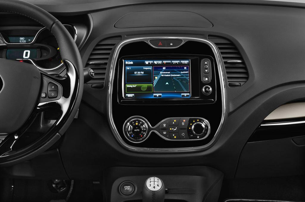 Renault Captur Luxe SUV (2013 - heute) 5 Türen Mittelkonsole