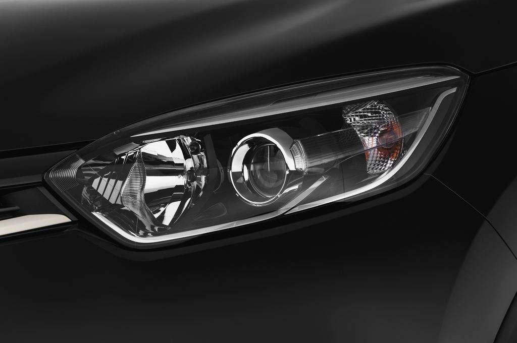 Renault Captur Luxe SUV (2013 - heute) 5 Türen Scheinwerfer