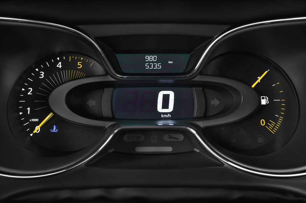 Renault Captur Luxe SUV (2013 - heute) 5 Türen Tacho und Fahrerinstrumente