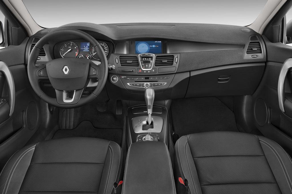 Renault Laguna Privil�ge Kombi (2007 - 2015) 5 Türen Cockpit und Innenraum