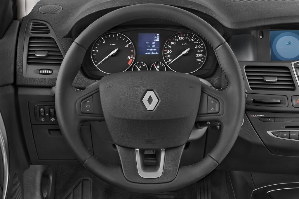 Renault Laguna Privil�ge Kombi (2007 - 2015) 5 Türen Lenkrad
