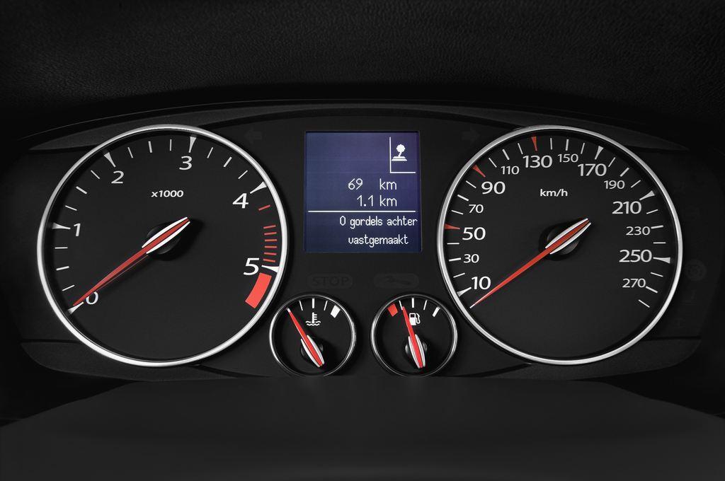 Renault Laguna Bose Edition Kombi (2007 - 2015) 5 Türen Tacho und Fahrerinstrumente