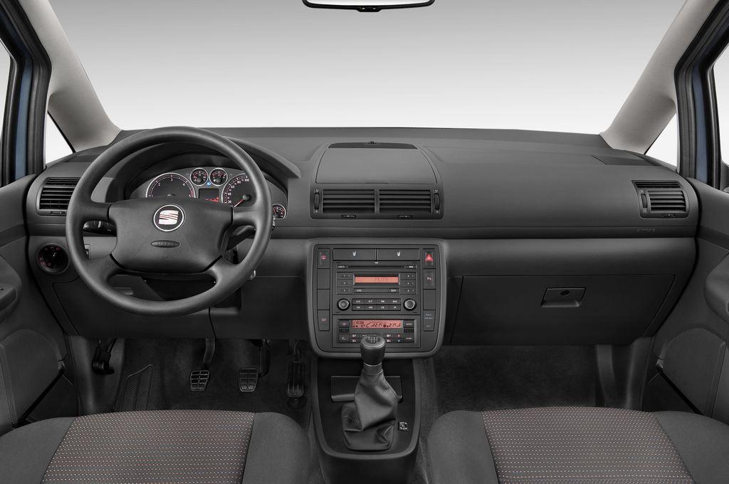 Seat Alhambra Style Van (1996 - 2010) 5 Türen Cockpit und Innenraum