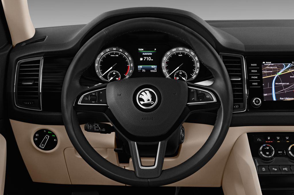 Skoda Kodiaq Style SUV (2016 - heute) 5 Türen Lenkrad