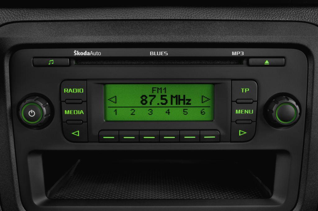 Skoda Roomster Active Transporter (2006 - 2015) 5 Türen Radio und Infotainmentsystem