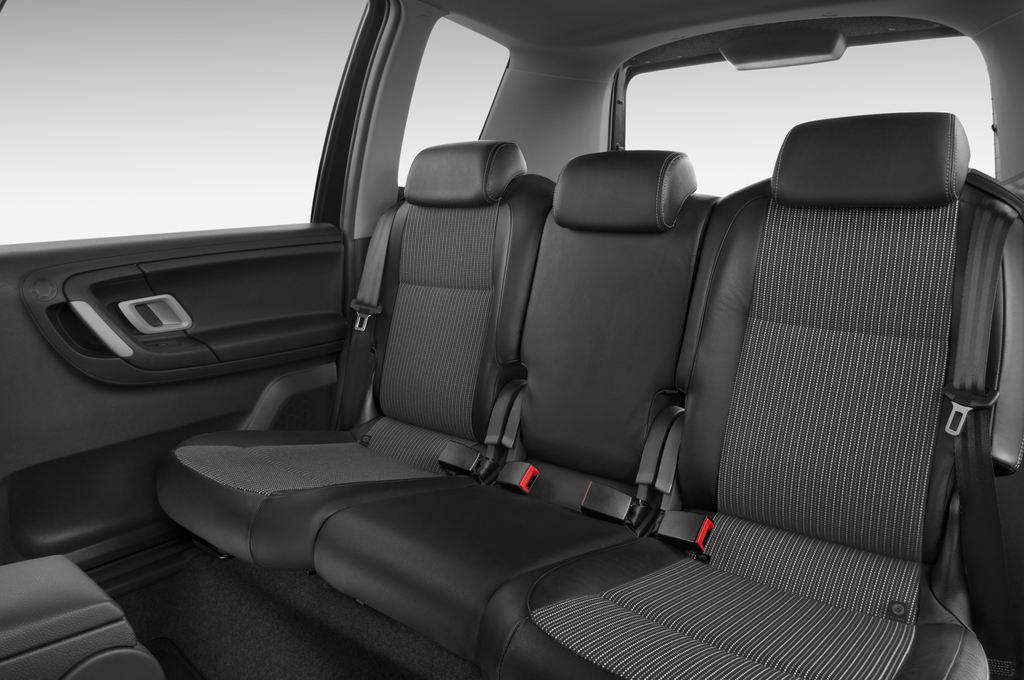 Skoda Roomster Comfort Transporter (2006 - 2015) 5 Türen Rücksitze