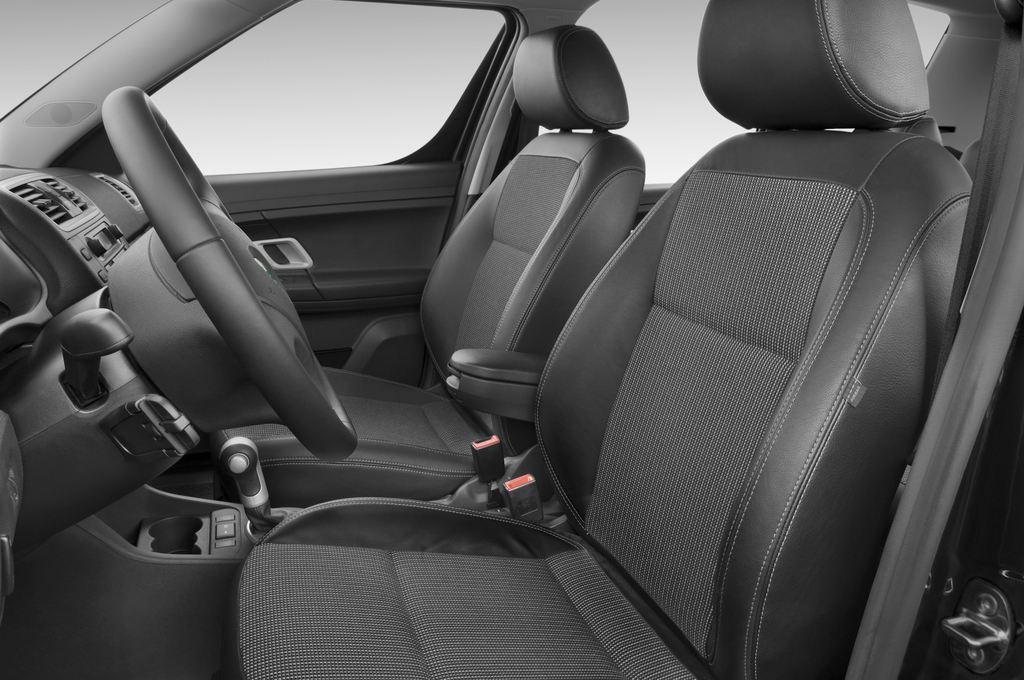 Skoda Roomster Comfort Transporter (2006 - 2015) 5 Türen Vordersitze