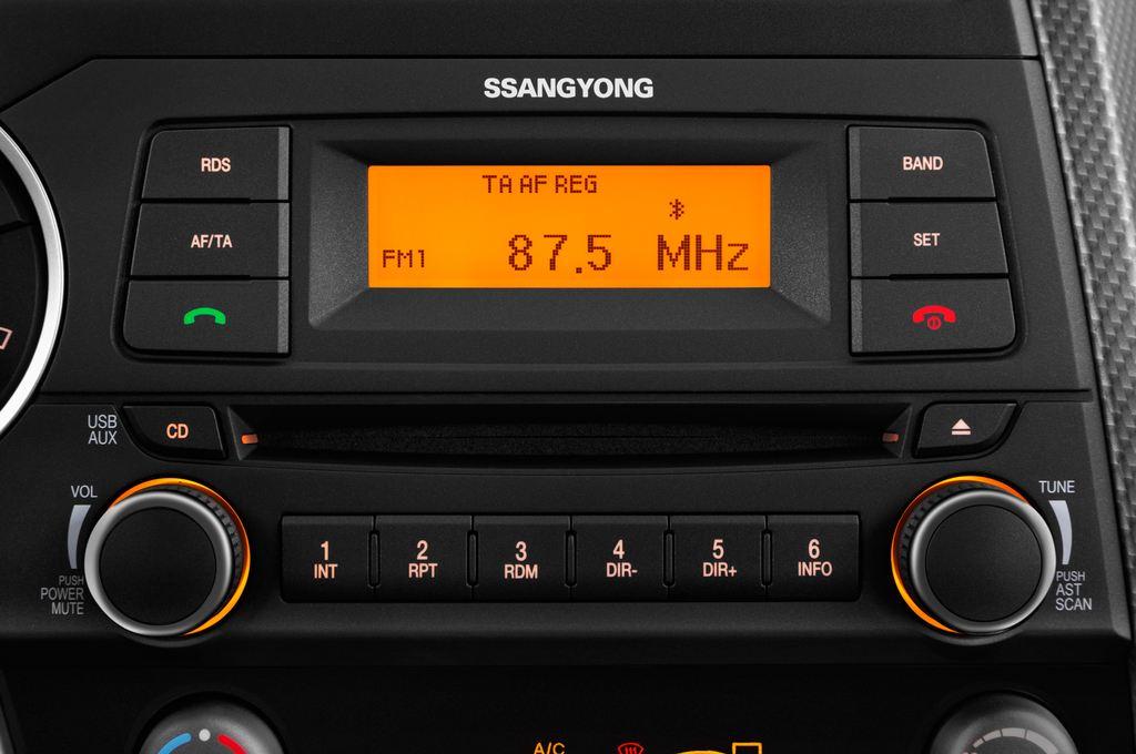 Ssangyong Actyon Quartz Transporter (2006 - heute) 4 Türen Radio und Infotainmentsystem