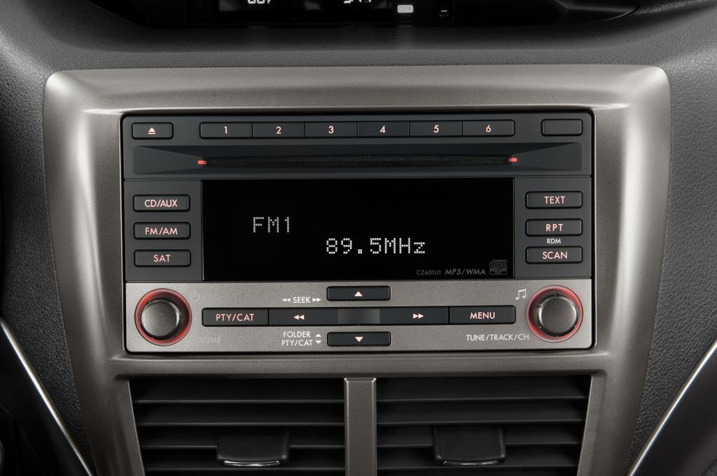 Subaru Impreza WRX STI Kombi (2000 - 2007) 5 Türen Radio und Infotainmentsystem