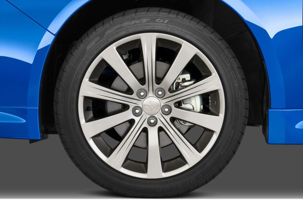 Subaru Impreza WRX STI Kombi (2000 - 2007) 5 Türen Reifen und Felge