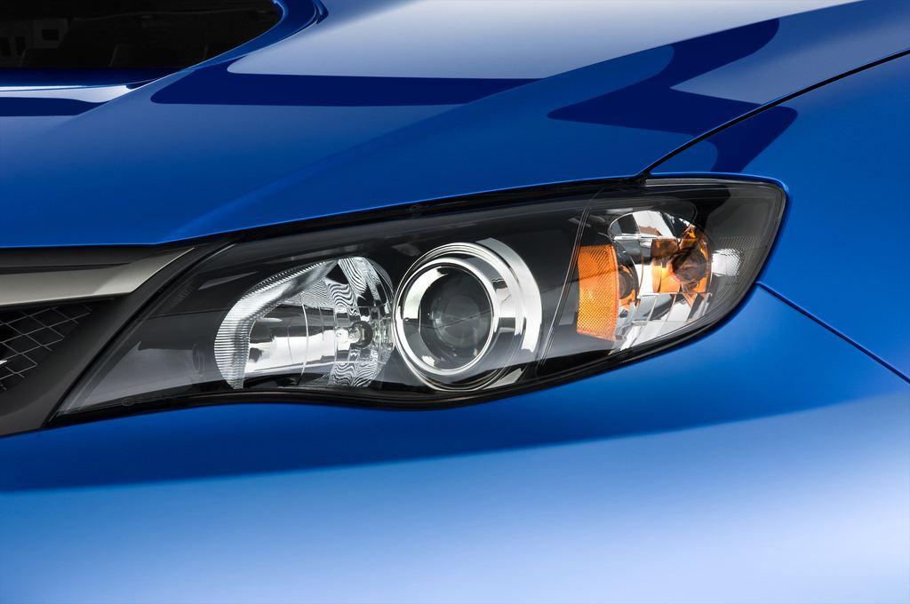 Subaru Impreza WRX STI Kombi (2000 - 2007) 5 Türen Scheinwerfer