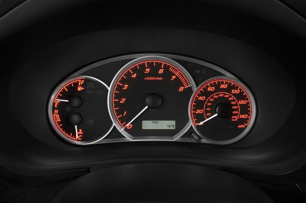 Subaru Impreza WRX STI Kombi (2000 - 2007) 5 Türen Tacho und Fahrerinstrumente