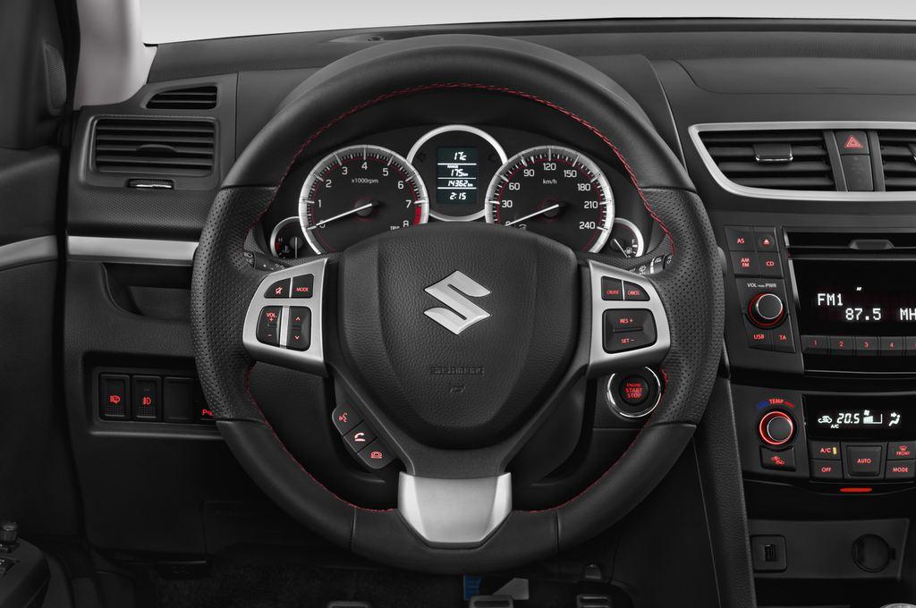Suzuki Swift Sport Kleinwagen (2005 - 2011) 3 Türen Lenkrad