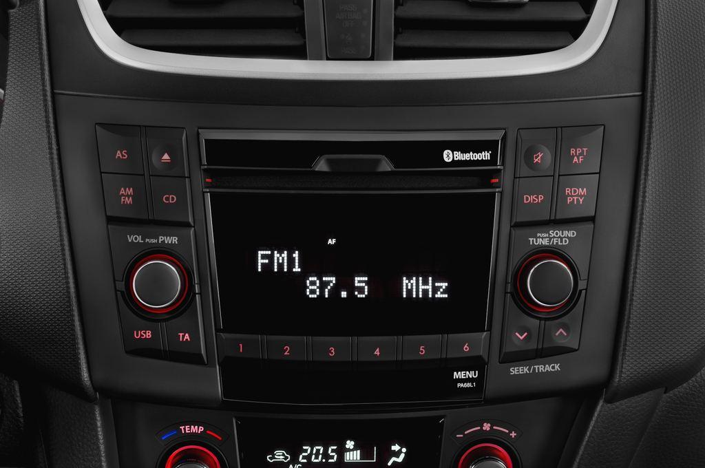 Suzuki Swift Sport Kleinwagen (2005 - 2011) 3 Türen Radio und Infotainmentsystem