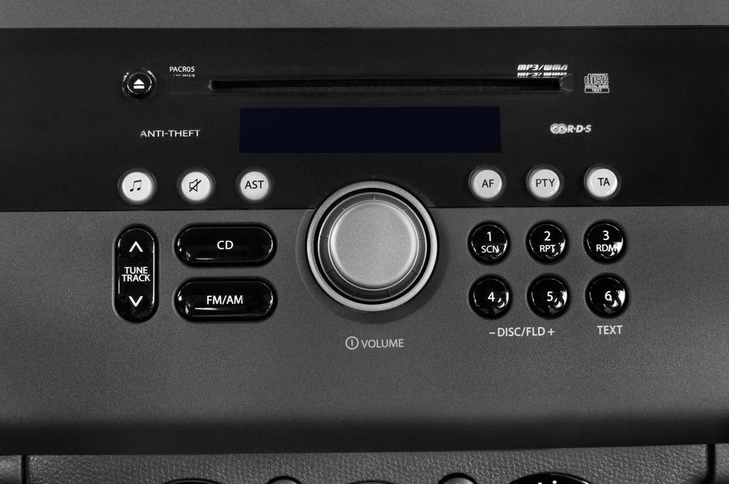 Suzuki Swift Comfort Kleinwagen (2005 - 2011) 5 Türen Radio und Infotainmentsystem