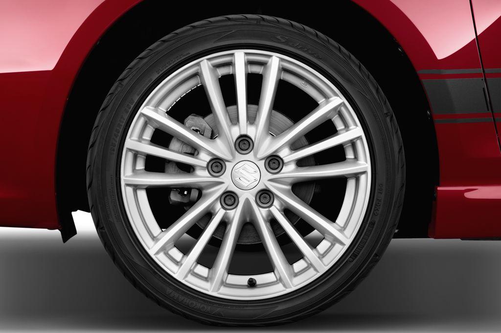Suzuki Swift Sport Kleinwagen (2005 - 2011) 3 Türen Reifen und Felge