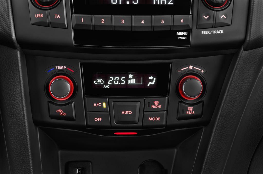Suzuki Swift Sport Kleinwagen (2005 - 2011) 3 Türen Temperatur und Klimaanlage