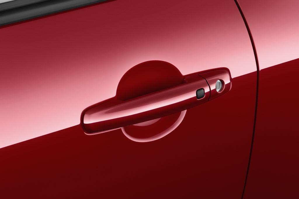 Suzuki Swift Sport Kleinwagen (2005 - 2011) 3 Türen Türgriff