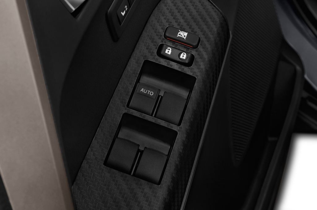 Toyota RAV 4 START-Edition SUV (2013 - heute) 5 Türen Bedienungselemente Tür