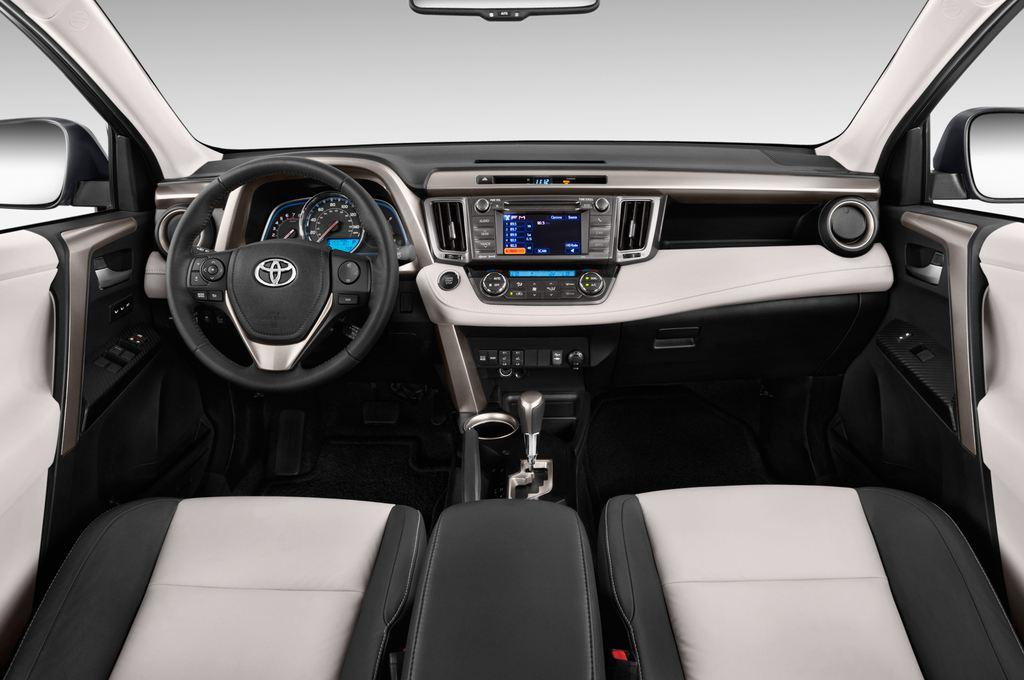 Toyota RAV 4 START-Edition SUV (2013 - heute) 5 Türen Cockpit und Innenraum
