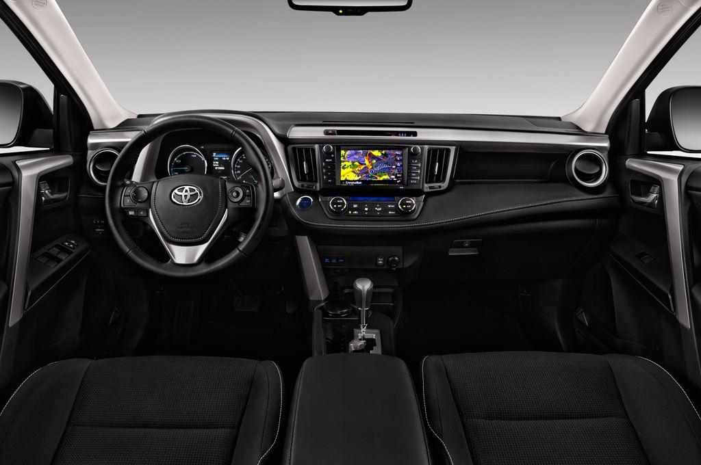 Toyota RAV 4 Executive SUV (2013 - heute) 5 Türen Cockpit und Innenraum