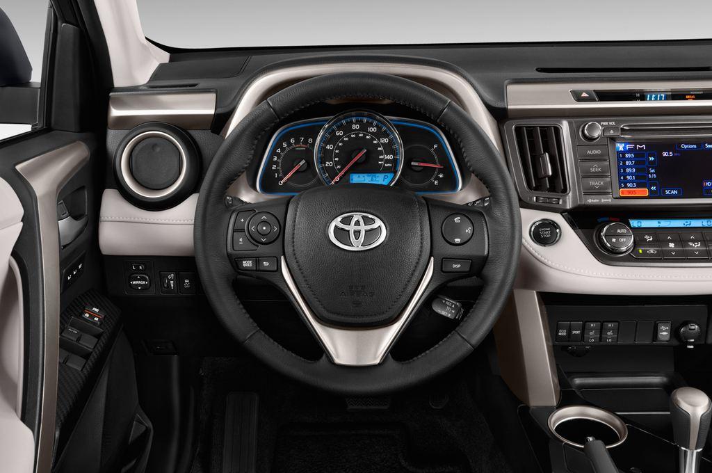 Toyota RAV 4 START-Edition SUV (2013 - heute) 5 Türen Lenkrad