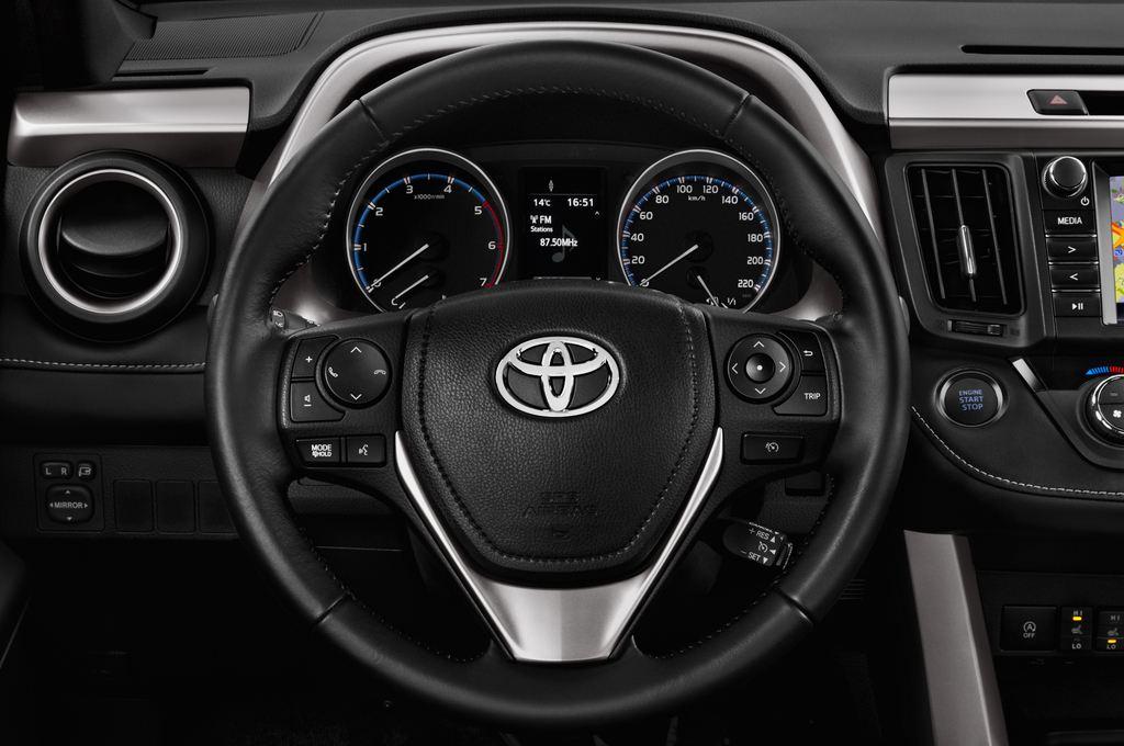 Toyota RAV 4 Edition SUV (2013 - heute) 5 Türen Lenkrad