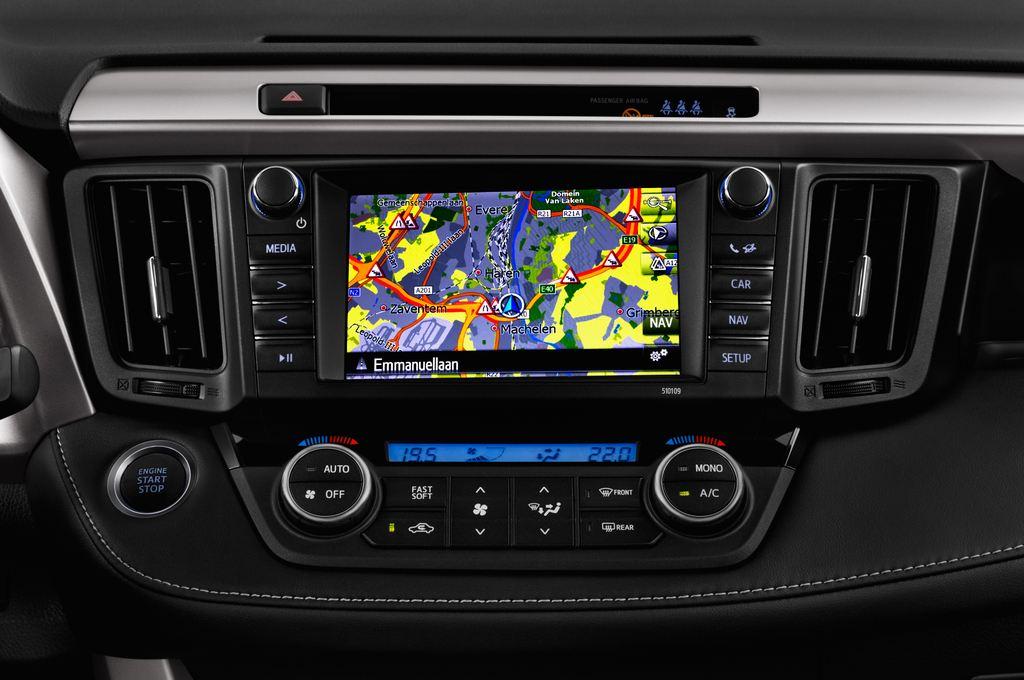 Toyota RAV 4 Edition SUV (2013 - heute) 5 Türen Mittelkonsole