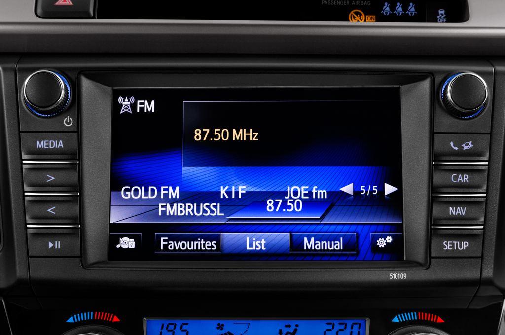 Toyota RAV 4 Executive SUV (2013 - heute) 5 Türen Radio und Infotainmentsystem