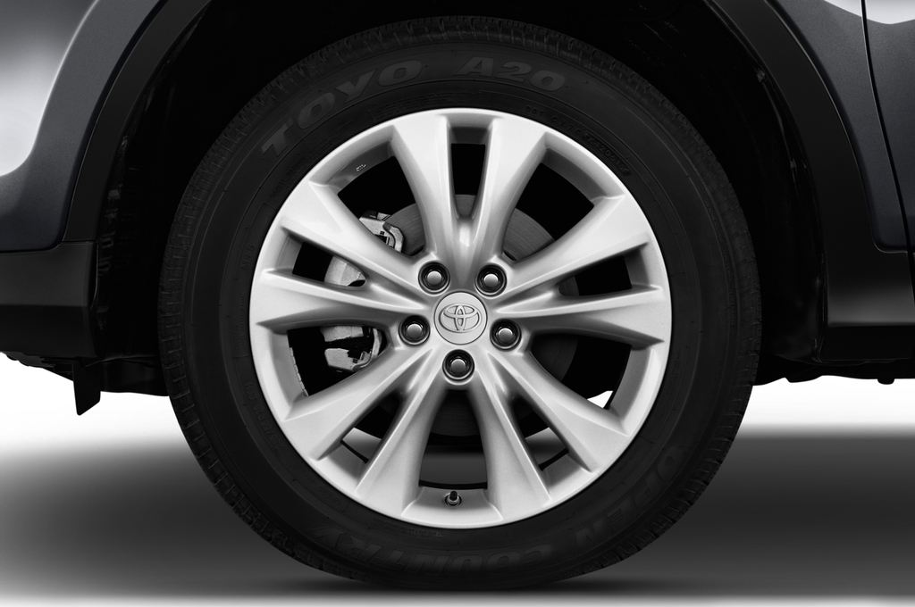 Toyota RAV 4 START-Edition SUV (2013 - heute) 5 Türen Reifen und Felge