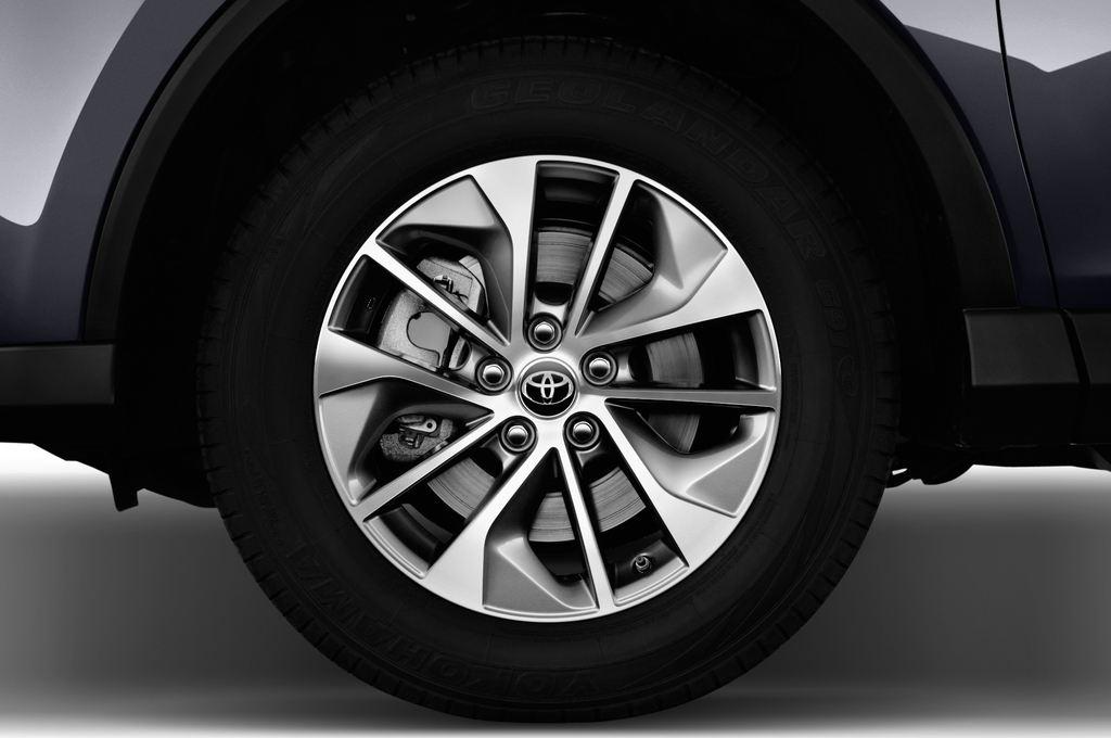 Toyota RAV 4 Executive SUV (2013 - heute) 5 Türen Reifen und Felge