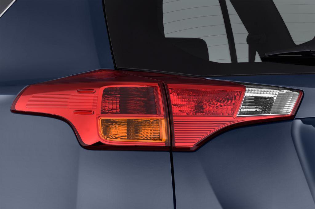 Toyota RAV 4 Comfort SUV (2013 - heute) 5 Türen Rücklicht