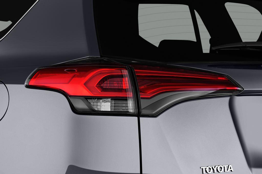 Toyota RAV 4 Executive SUV (2013 - heute) 5 Türen Rücklicht