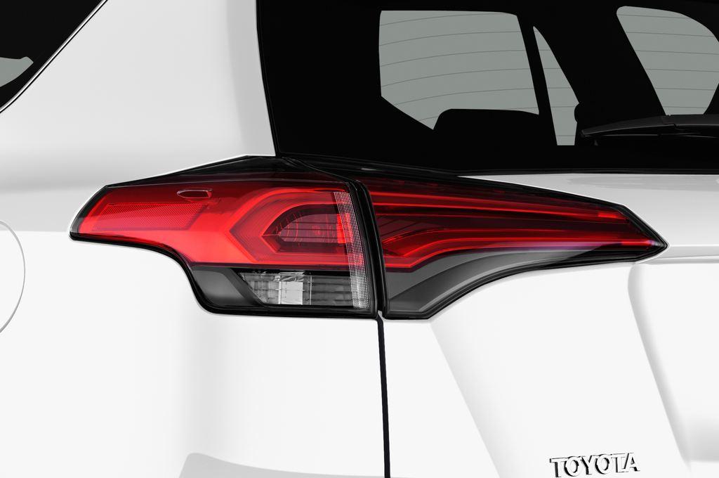 Toyota RAV 4 Edition SUV (2013 - heute) 5 Türen Rücklicht