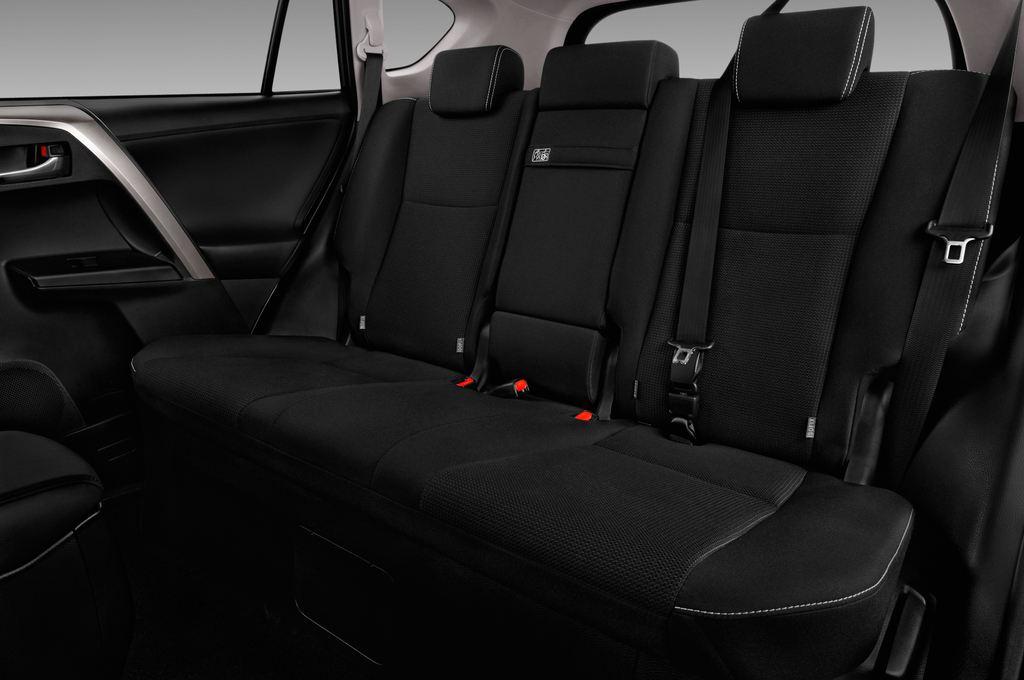 Toyota RAV 4 Executive SUV (2013 - heute) 5 Türen Rücksitze