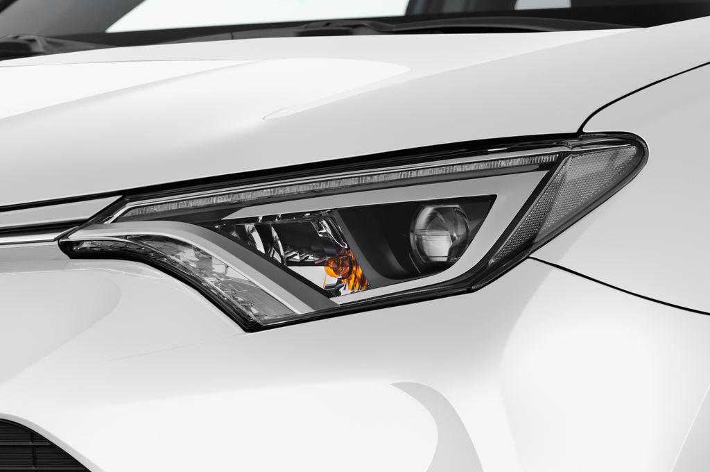 Toyota RAV 4 Edition SUV (2013 - heute) 5 Türen Scheinwerfer