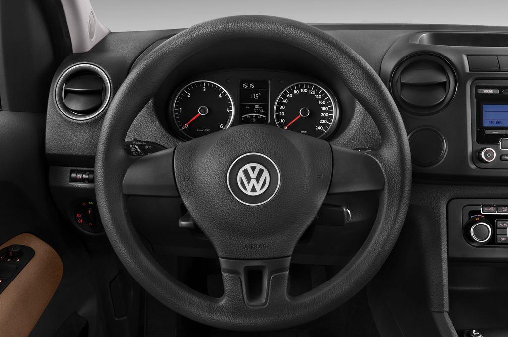 VW Amarok Trendline Pritsche (2010 - heute) 4 Türen Lenkrad