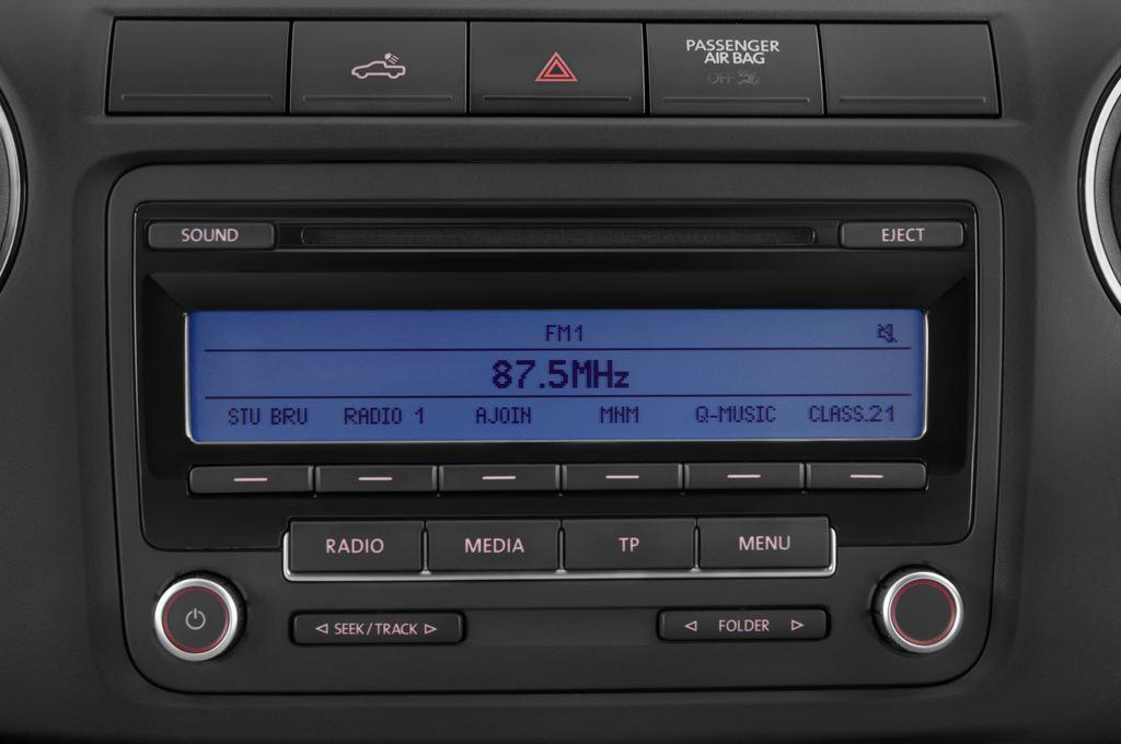 VW Amarok Trendline Pritsche (2010 - heute) 4 Türen Radio und Infotainmentsystem
