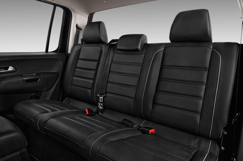 VW Amarok Aventura Pritsche (2010 - heute) 4 Türen Rücksitze