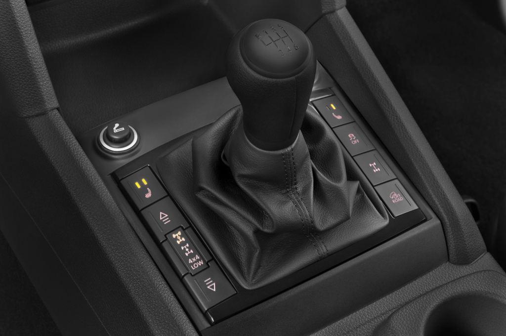 VW Amarok Trendline Pritsche (2010 - heute) 4 Türen Schalthebel