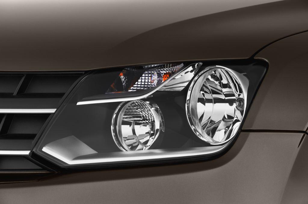 VW Amarok Trendline Pritsche (2010 - heute) 4 Türen Scheinwerfer