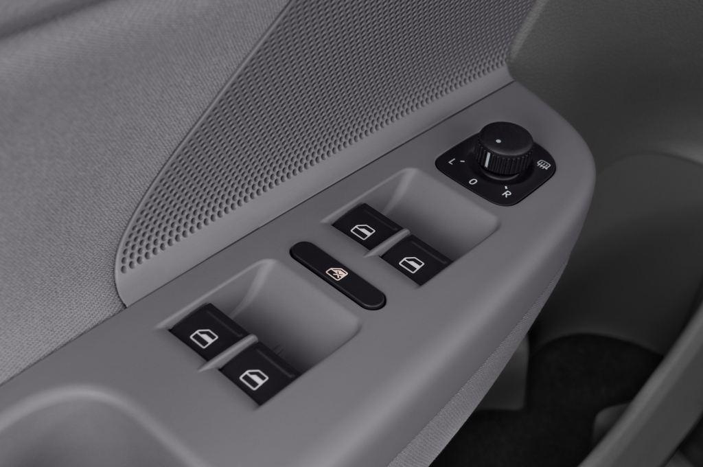 VW Golf - Kombi (2007 - 2009) 5 Türen Bedienungselemente Tür