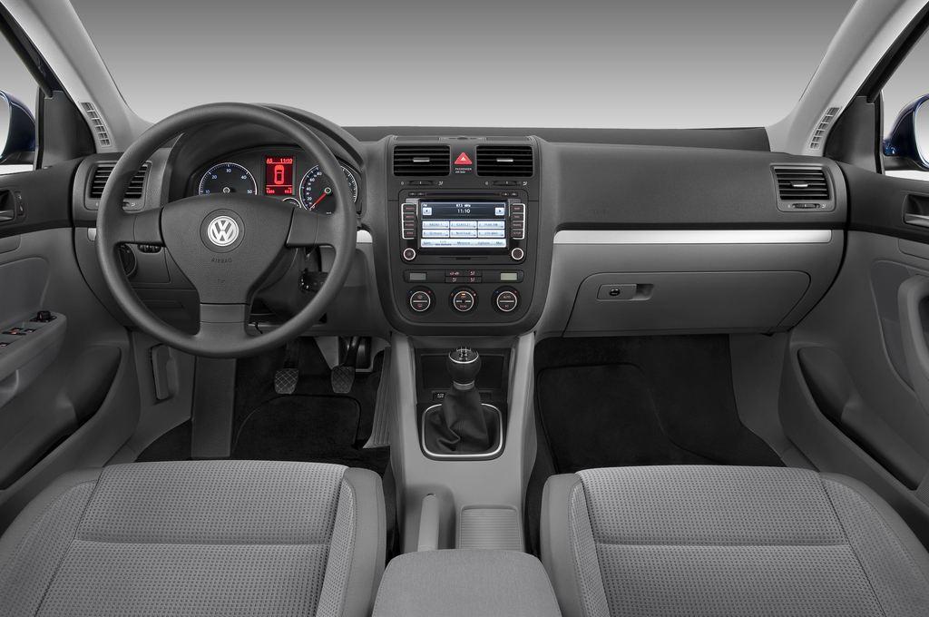 VW Golf - Kombi (2007 - 2009) 5 Türen Cockpit und Innenraum