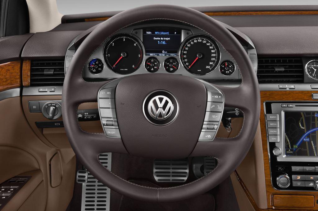 VW Phaeton V6 Limousine (2002 - 2016) 4 Türen Lenkrad