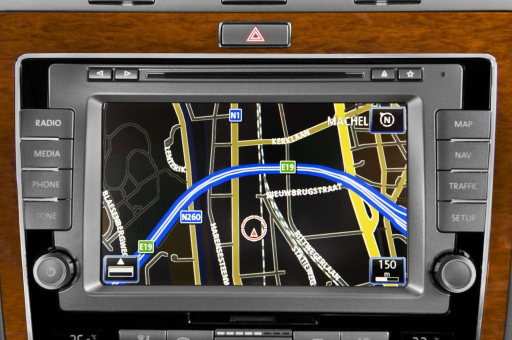 VW Phaeton V6 Limousine (2002 - 2016) 4 Türen Radio und Infotainmentsystem