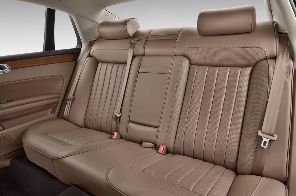 VW Phaeton - Limousine (2002 - 2016) 4 Türen Rücksitze