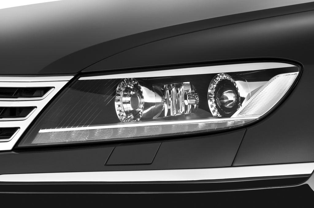 VW Phaeton - Limousine (2002 - 2016) 4 Türen Scheinwerfer