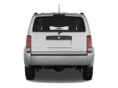 Dodge Nitro SE SUV (2007 - 2011) 5 Türen Heckansicht