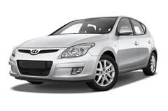 Hyundai i30 Style Kompaktklasse (2007 - 2012) 5 Türen seitlich vorne mit Felge