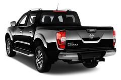 Nissan Navara Tekna Pritsche (2015 - heute) 4 Türen seitlich hinten